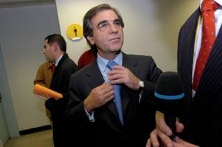 <p>Dias Loureiro deu uma entrevista televisiva ontem à noite</p>