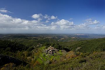 O Vale Largo, perto da Fóia, tem muitas nascentes