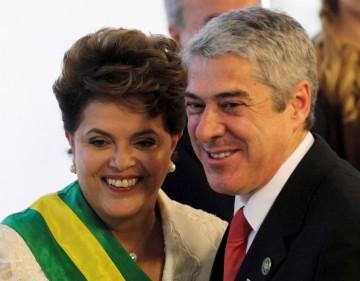 O primeiro-ministro português esteve ontem na tomada de posse da Presidente Dilma Rousseff
