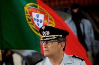 O director nacional da PSP, Oliveira Pereira, deu a prdem de serviço a 30 de Dezembro