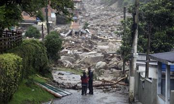 Populismo, falta de prevenção e mudanças climáticas custaram 550 mortos