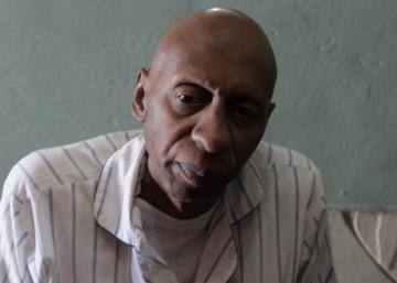 Fariñas, de 49 anos, esteve 135 dias em greve de fome em 2010