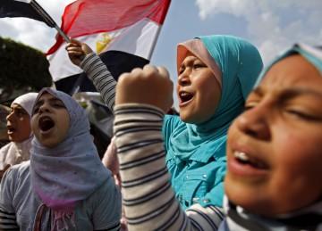 Crianças também se manifestaram contra Mubarak na praça Tahrir