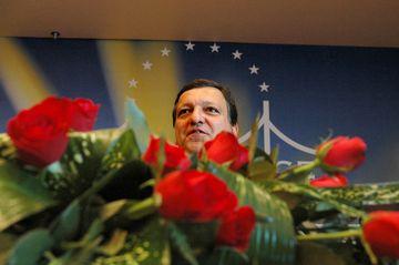 A decisão de distinguir Durão Barroso foi tomada por unanimidade
