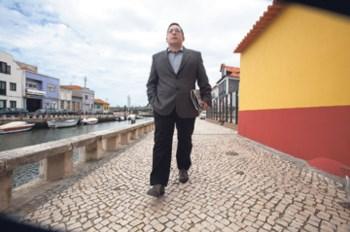 João Oliveira anda sempre a pé
