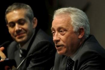 <p>O governador do BdP, Carlos Costa, reviu em baixa as previsões para 2011 e 2012</p>