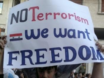 Um do cartazes usados nos protestos