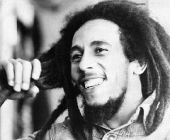 """Bob Marley não é apenas o """"rei do reggae"""" mas a cara de um movimento"""