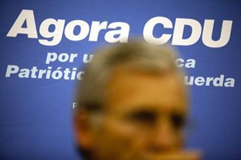 Jerónimo de Sousa prometeu a coerência dos deputados da CDU para combater a precariedade