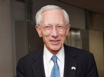 <p>Stanley Fischer, governador do Banco de Israel</p>