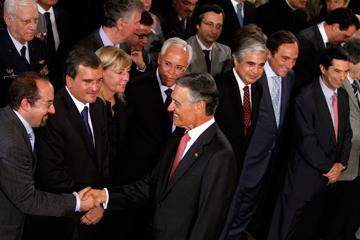 Santos Pereira, à esquerda, escreveu que João Jardim usa <i>bluff</i> independentista para conseguir mais verbas para a Madeira
