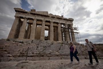 """De Grauwe fala em """"grande inépcia"""" na gestão europeia do caso grego"""