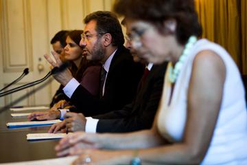 """As medidas anunciadas são apenas """"ajustamentos"""", segundo Nuno Crato"""
