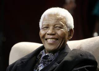 Em 1993, Mandela recebeu o Nobel da Paz e tornou-se, em definitivo, um símbolo planetário da reconciliação