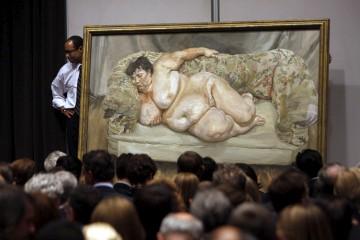 """O quadro """"Benefits Supervisor Sleeping"""" mostrado aos licitadores em Nova Iorque<b>Joshua Lott/Reuters</b>"""