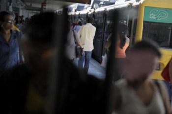 Muitos dos crimes acontecem em transportes públicos
