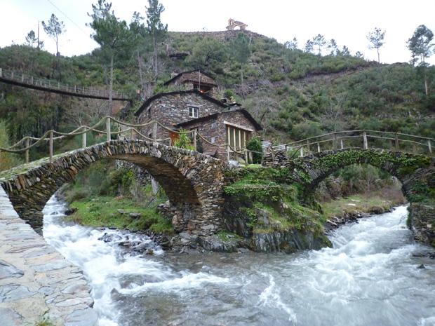 aldeia de Foz da Égua§ junto ao Piodão