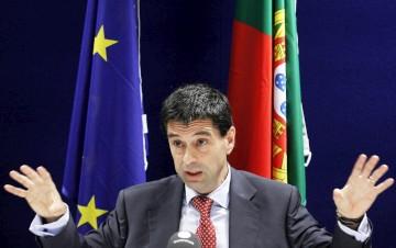 """A """"receita"""" kafkiana  do ministro das Finanças"""