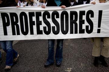 Os sindicatos contestam as colocações da segunda bolsa de recrutamento de professores