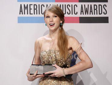 Taylor Swift vencei o prémio mais cobiçado da noite, o de Artista do Ano