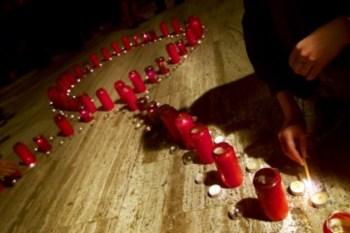 Cerimónia pelas vítimas da sida na Roménia: na Europa de Leste o número de novas infecções ainda está a crescer