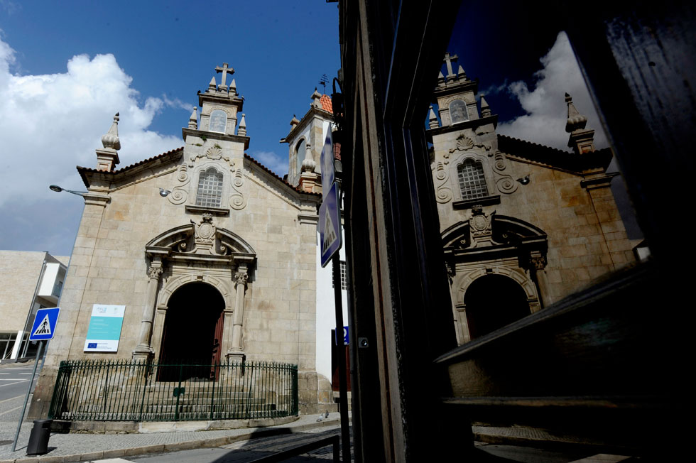 Sérgio C. Andrade percorreu o roteiro Douro a 7 Chaves. 200km com passagem por sete igrejas. http://fugas.publico.pt/284453