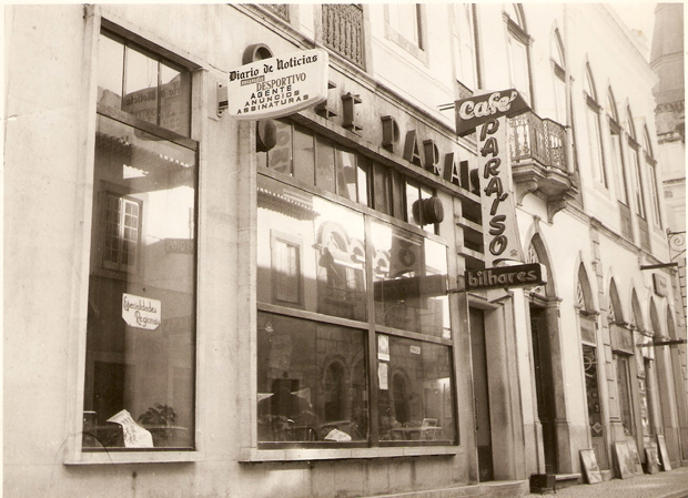 Fachada do Café Paraíso nos anos 70