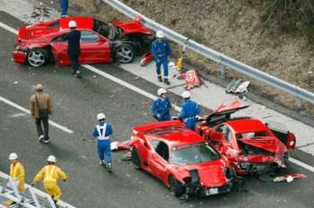 Três dos Ferraris acidentados