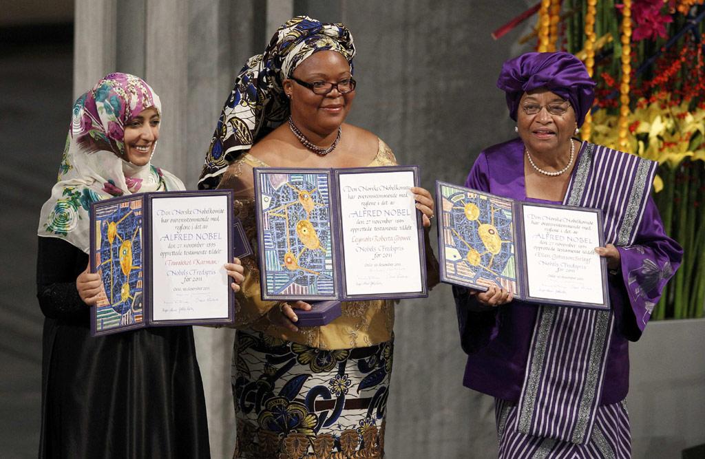 As três laureadas com os certificados Nobel