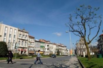 A pastelaria é em Braga