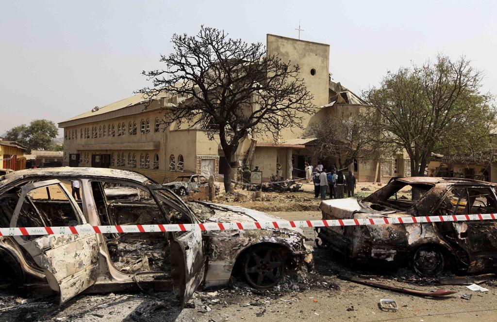 A onda de violência começou no dia de Natal, com o ataque a uma igreja nos arredores da capital