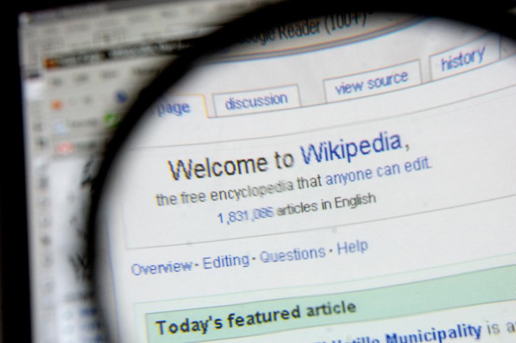 A Wikipedia reúne milhões de artigos em dezenas de línguas. Inevitavelmente, com erros à mistura