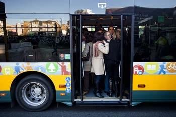 Preços dos bilhetes e passes aumentam em média 5% no sector público