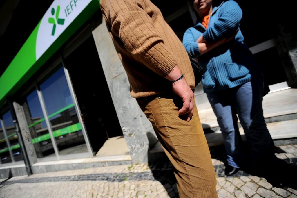 <p>Desemprego é a principal razão dos casos de sobreendividamento</p>
