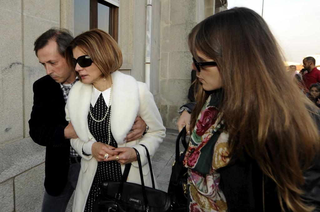A mãe de Rui Pedro, à saída do tribunal