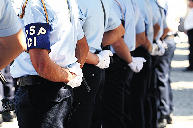 Sindicalistas da polícia falam em discriminação face aos militares