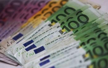 Várias organizações, ou mesmo famílias, receberam envelopes com pelo menos 10 mil euros