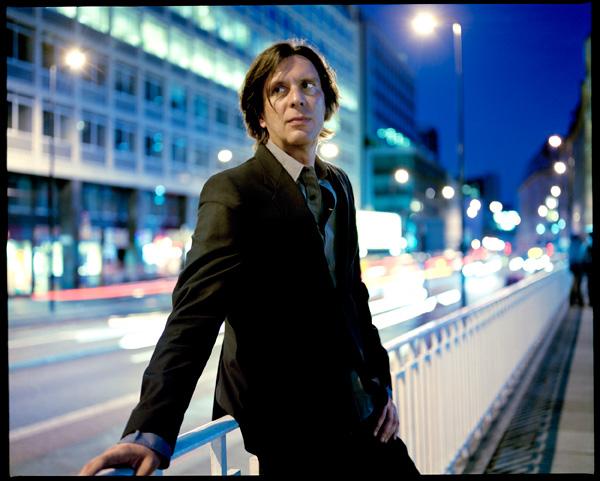 O austríaco Fennesz, uma das figuras mais consensuais da electrónica contemporânea, toca amanhã com Manuel Mota