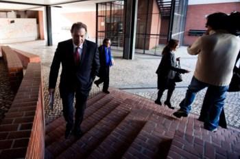 Arguido Manuel Pedro à chegada ao julgamento