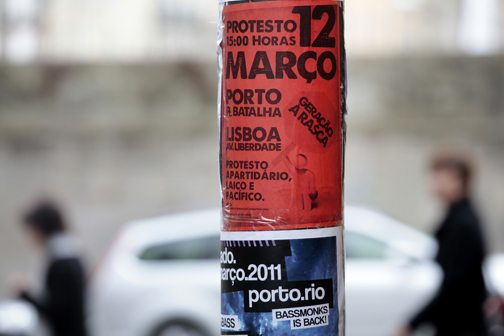 """""""Manif"""" foi um protesto contra a classe política mobilizado com a ajuda da Internet"""