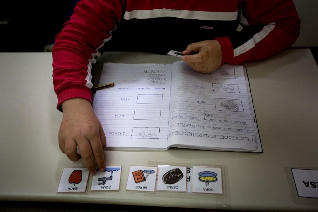 estado termina com exames diferentes para alunos com necessidades especiais