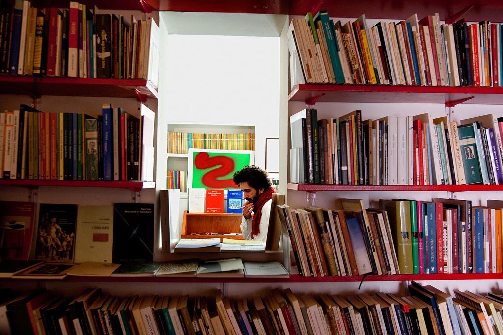 Mário Guerra, único responsável pela Poesia Incompleta, que abriu portas em Novembro de 2008