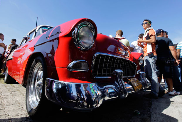 Célebre pelos carros, Cuba realiza uma mostra automobilística muito concorrida na Marina Hemingway (Janeiro 2011)