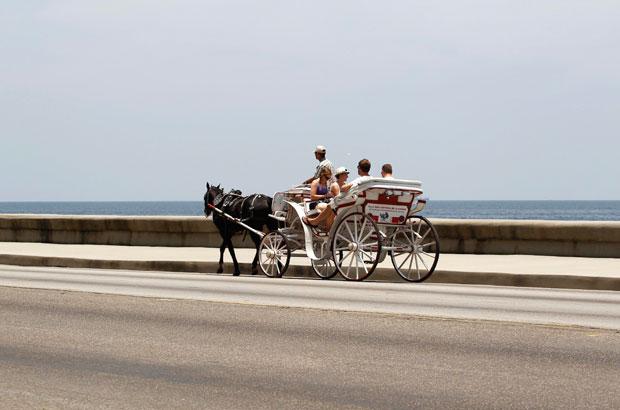 Uma caleche para turistas na El Malecón