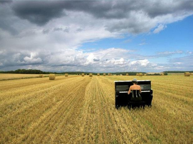 Este piano está a atravessar a Europa por dentro