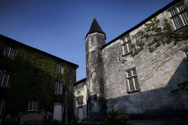 Cognac, o palácio onde se faz o cognac Baron