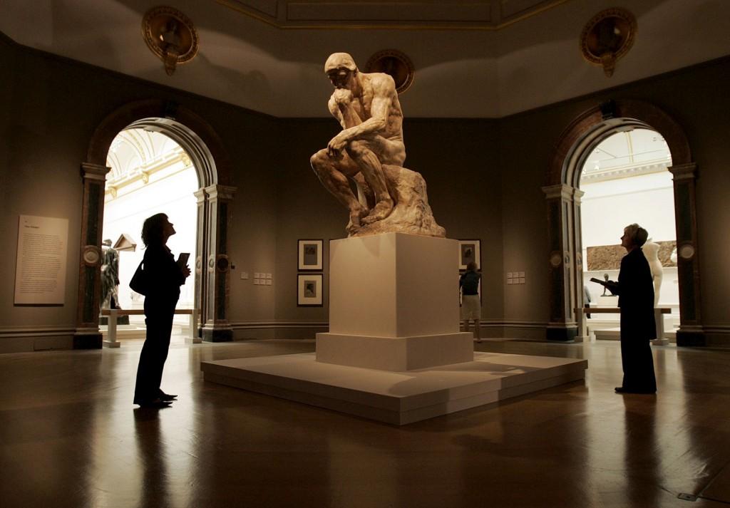 Os 650 participantes no estudo tinham de, por exemplo, observar <i>O pensador</i> de Rodin