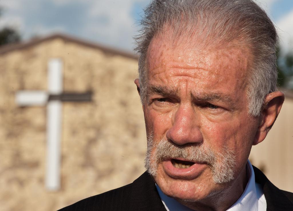 Terry Jones já tinha promovido acção idêntica em Março de 2011, com consequências mortais no Afeganistão