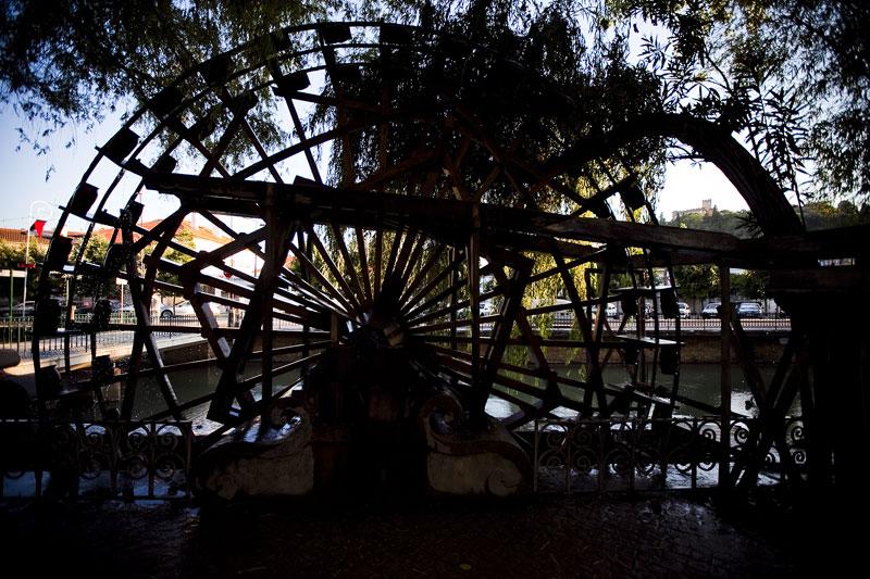 Roda de moinho no rio Nabão