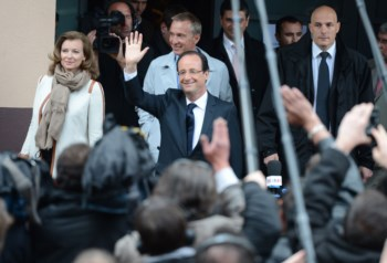 François Hollande durante a votação